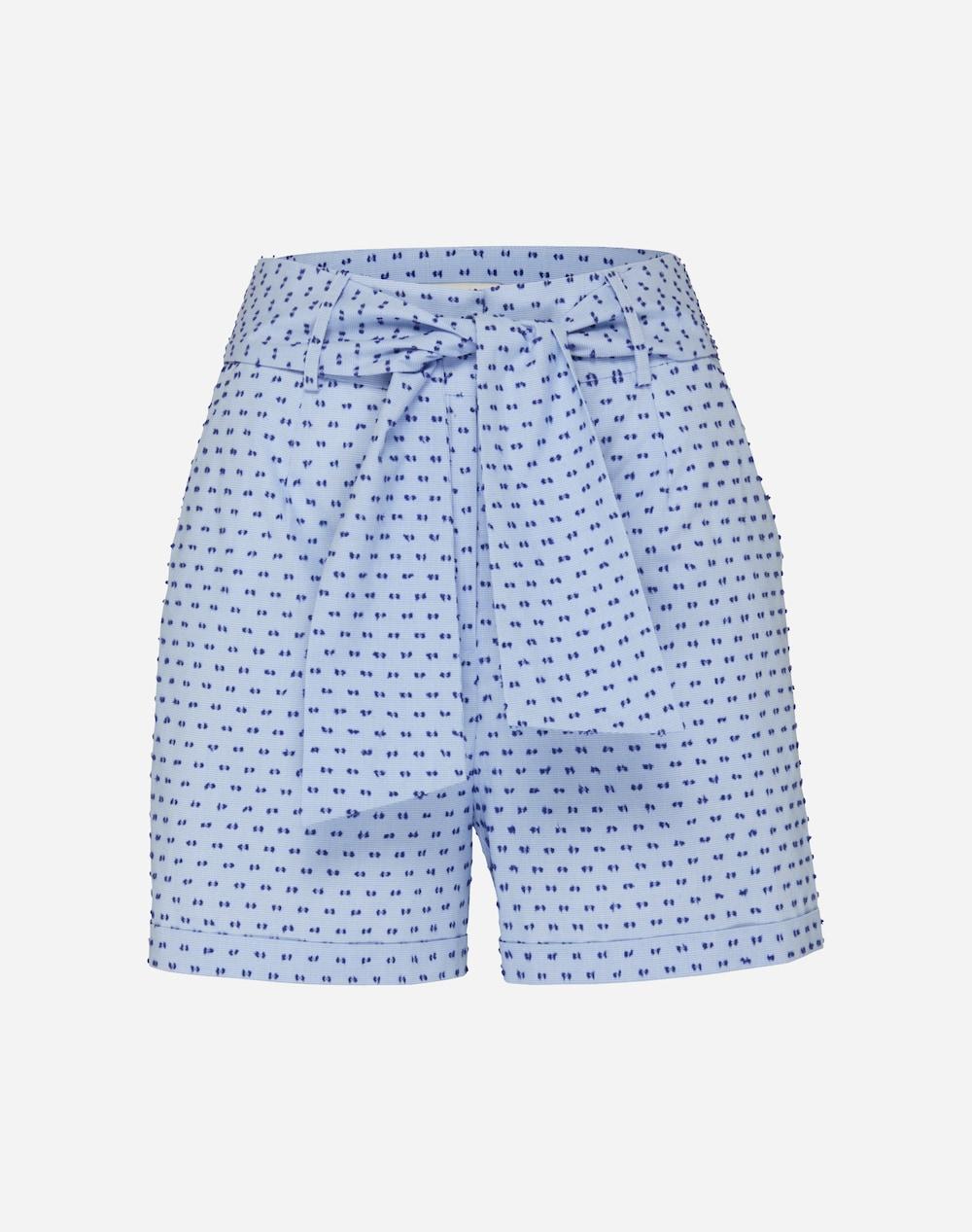 Artikel klicken und genauer betrachten! - Shorts mit strukturiertem gesticken Muster von Edited the Label. Das Piece besteht aus reiner Baumwolle und kommt im Loosefit mit extra Bindegürtel. | im Online Shop kaufen